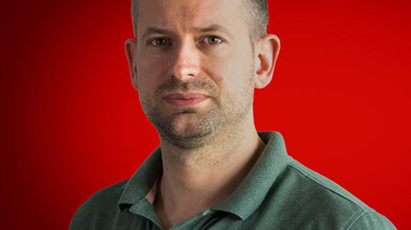 Customer service employee - Stefan Hunseler